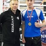 Tino Saarikangas (oik) ja valmentaja Petteri Maunu olivat tyytyväisiä Scandinavia Openin antiin