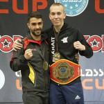 Tino Saarikangas (oik) voitti välierissä maailmanmestari Kian Golpiran